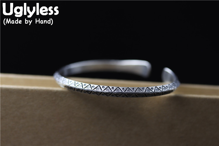 Uglyless Real S925 Sterling Thai Silver Vintage Totem Pattern Triangle Bangles Ethnic Women Opening Bangle Carved Stripes BijouxUglyless Real S925 Sterling Thai Silver Vintage Totem Pattern Triangle Bangles Ethnic Women Opening Bangle Carved Stripes Bijoux