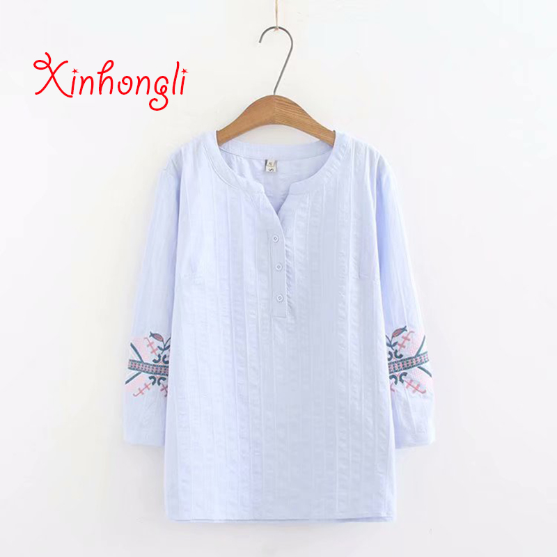 Plus size Embroidery Cotton Three Quarter sleeve women tshirts 2019 summer NEW casual ladies button loose T shirts female