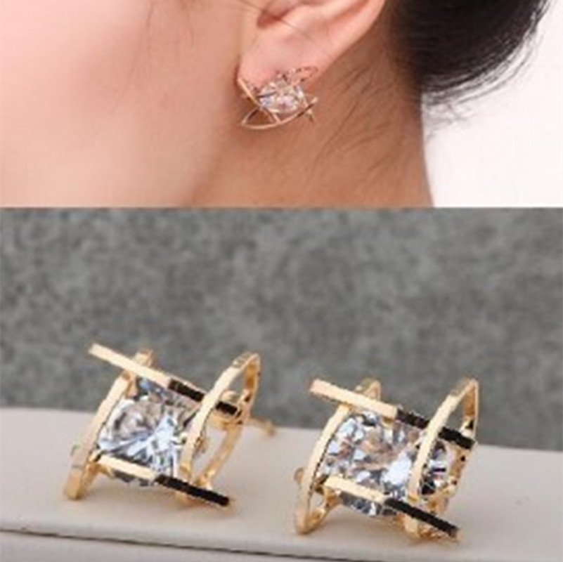 Hot 2018 New Elegant and Charming Black Rhinestone Full Crystals Square Stud Earrings for Women Girls Statement Piercing Jewelry