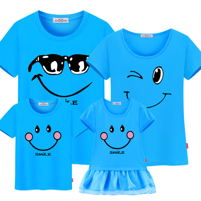 Family Matching Clothes Mother Daughter Dresses Outfits Cotton Casual T-shirt Family Look Father Son Family Christmas Clothes