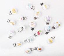 5 PCs Mista Clips Chupeta Do Bebê De Madeira Dos Desenhos Animados Rodada Padrão Padrão de Metal Titulares De Madeira Branca 4.3 cm x 2.9 cm XP0322
