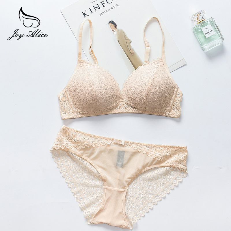 2018 NEW luxury lingerie push up   bra     set   lace   bra     set   seamless B C cup   bra   thin   set   wire free underwear women panties