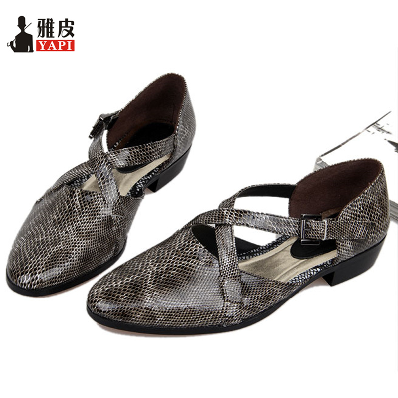 Men Vintage Genuine Leather Pointed Toe Snakeskin Sandals Casual Roman Buckle Strap Sandals Summer Shoes pu pointed toe flats with eyelet strap