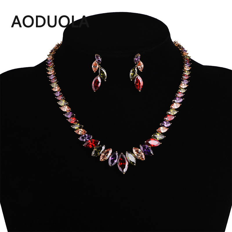 Gold Color CZ Necklace And Earring Set Wedding Bridal Dress Accessories Jewelry Sets For Women Water Drop Crystal  Set PartyGold Color CZ Necklace And Earring Set Wedding Bridal Dress Accessories Jewelry Sets For Women Water Drop Crystal  Set Party