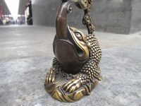 Royal Pure Bronze exquisite Toad gold toad see moon Crane Feng shui statue free shipping