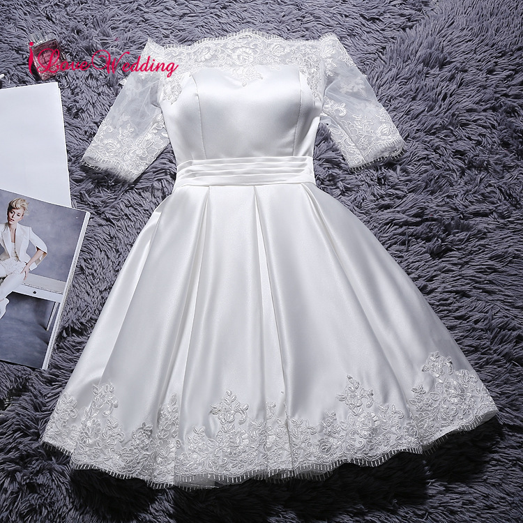 2019 Short Wedding Dresses A Line Lace Applique Boat Neck Half Sleeves Satin Cheap Bridal Wedding Gown