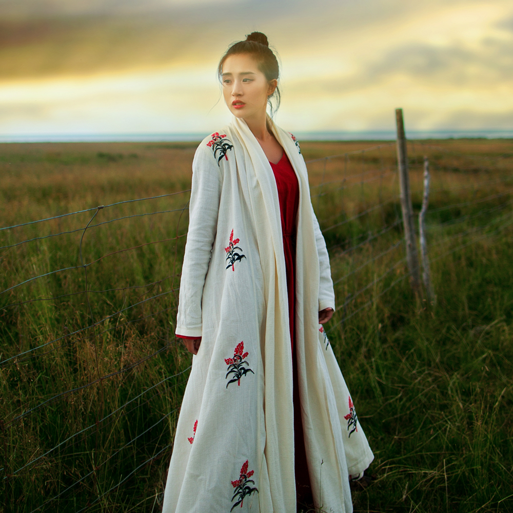 MM042 Original Design Autumn 2018 vintage loose flower embroidered long sleeve maxi linen cardigan trench coat for women