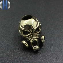 все цены на Brass Skull Anti-virus Mask Knife Beads Pure Copper EDC Pendant Beads DIY Flashlight Falls Rope Pendant Keychain Paracord Beads онлайн