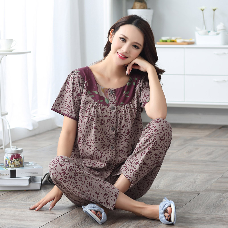 325b39ad0e 2017 Summer 5XL women s shortsleeve woven cotton pajamas female models  Small floral cardigan suit tracksuit sleep tops+pants 2pc-in Pajama Sets  from Women s ...