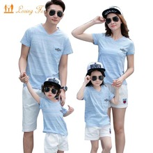 Family Look 2018 Summer New Family Matching Clothing Outfits mother son daughter father sets Blue T-shirt + White Pants
