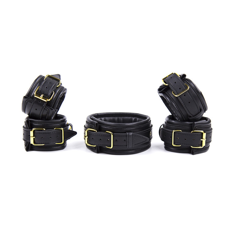 Soft PU Leather Bondage Set Hands Cuffs / Ankle Cuffs / Neck Collar With Leash BDSM Bondage Restraint Sex Toys For CoupleSoft PU Leather Bondage Set Hands Cuffs / Ankle Cuffs / Neck Collar With Leash BDSM Bondage Restraint Sex Toys For Couple