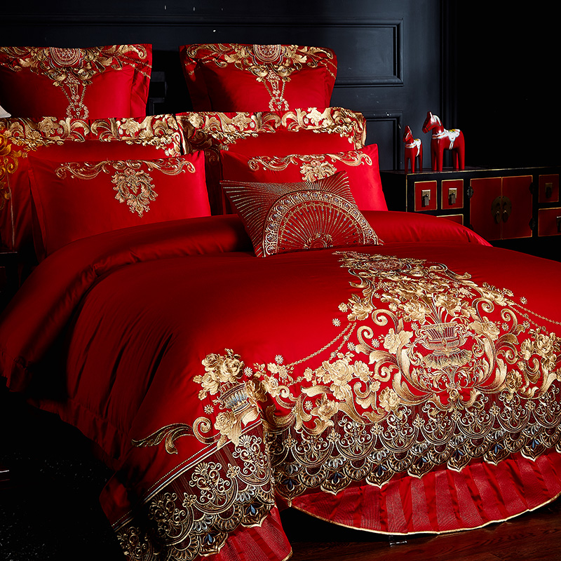 New Luxury European Wedding Gold Royal Embroidery Egyptian Cotton Palace Bedding Set Duvet Cover Bed sheet Bedspread Pillowcases in Bedding Sets from Home Garden