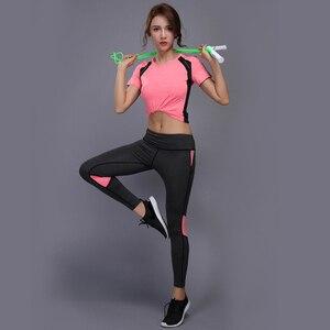 Image 3 - OLOEYER סקסי יוגה סט ספורט ללבוש לנשים כושר TShirt + מכנסיים לנשימה חדר כושר בגדי אימון דחוס יוגה חותלות ספורט חליפה