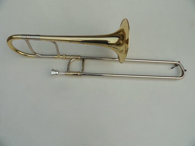 A Good Gift For Student Professional Trombone Musical Instrument With Mouthpiece 42BO Superior Sandhi Tenor New?w=3000&quality=2880 ᗜ Ljഃa good gift for student professional trombone musical