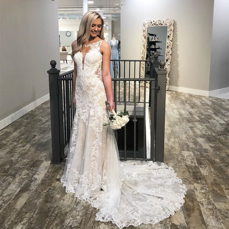Sexy Jewel Neckline Mermaid Wedding Dresses Ivory Lace Appliques Champagne Lining Sleeveless Backless Vestido Novia Bridal Gowns