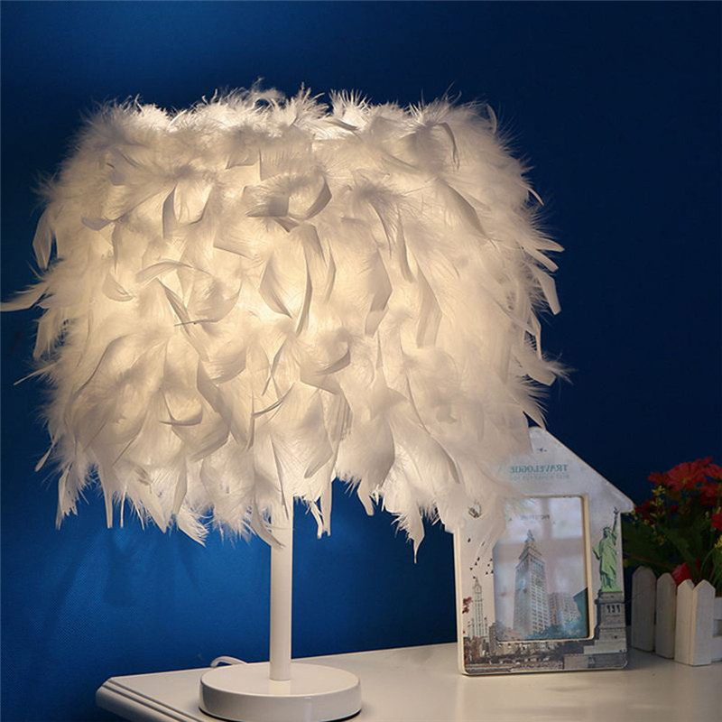 LAIDEYI Feather E27 Table Lamps Hotel Home Decorative Desk Lamp For Bedroom Bedside Fixture Lamp Wedding Decoration Lighting k9 crystal table lamp simple modern bedroom bedside desk lamps decorative display wedding hotel light fixture