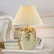 Ткань искусство Led настольная Европейская лампа пасторальная креативная спальня ткань прикроватная лампа украшение для комнаты отеля домашний деко лампа