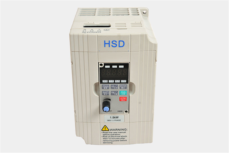 1.5KW 2HP 400HZ VFD Inverter Frequency converter single phase 220v input 3phase 380v output 3.7A for 1HP motor 2 2kw single phase input to 380v output three phase inverter vfd driver good in condition for industry use module vector