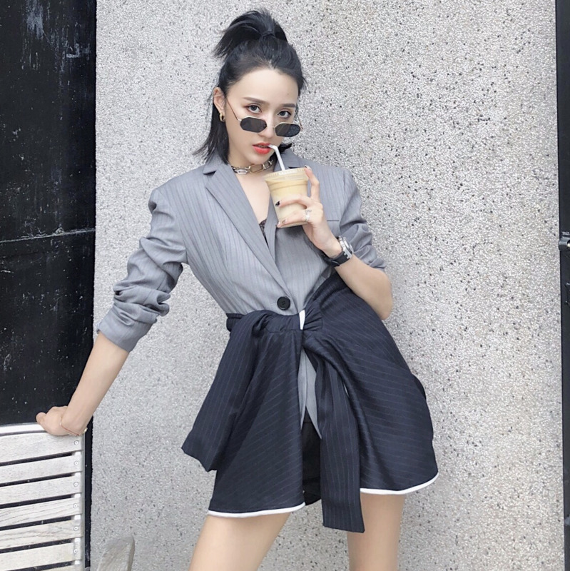 [QLZW] 2018 Autumn New Arrival Fashion Fake Two Pieces Notched Single Button Striped Casual Kink Women Blazer Female KB809