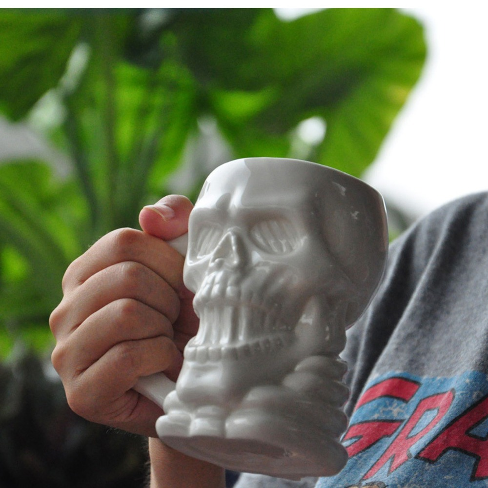1Pcs New KEYAMA white skeleton ceramic breakfast milk mugs Strange special mugs Halloween gifts Office Decorative