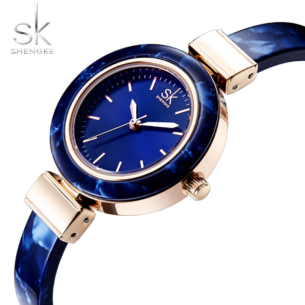 2018 Fashion Wristwatch Charming Chain Style Watch Women Creative Unique Women Dress Women Watches Bangles Favourite