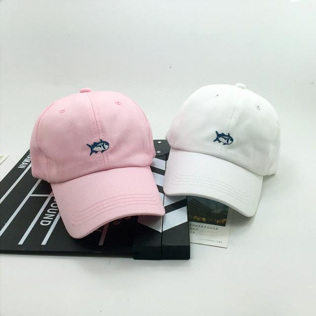 Casquette 2016 verano novedad adultos gorra de béisbol bordado de pescado al por mayor snapback sombreros para hombres y mujeres casual enarboló los casquillos
