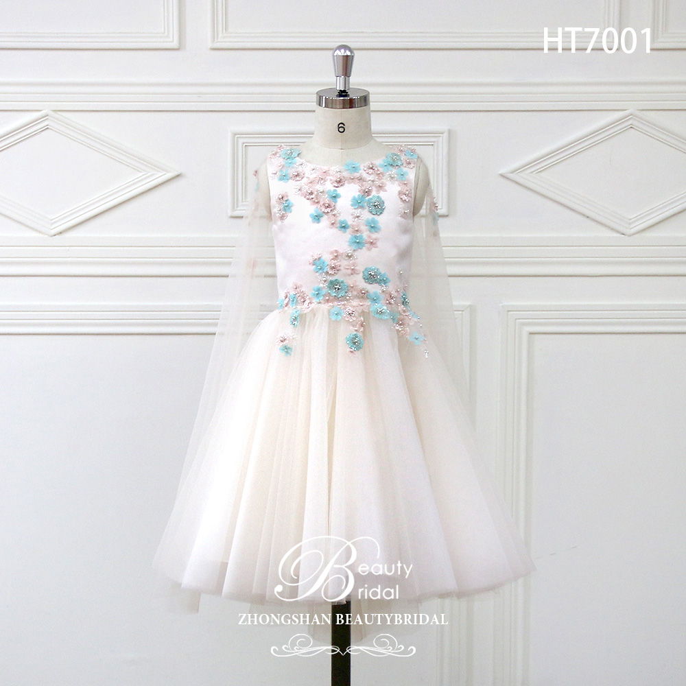2018 Romantic Tulle   Flower     Girl     Dress   Full Sleeve for Weddings Appliques   Girl   Party Communion   Dress   Pageant Gown HT7001