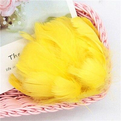 Разноцветные, 100 шт, гусиные перья, 8-12 см, гусиные перья, сценический шлейф, перья, промытый гусиный пух, пушистый шлейф для свадьбы, 3-4 дюйма - Цвет: yellow