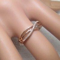 Обручальное кольцо из розового золота 14 к с натуральным бриллиантом