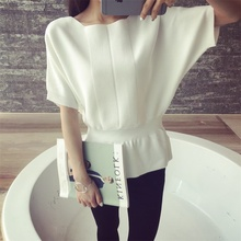 2017 spring new sweater jacket sweater women loose five sleeve sleeve coat bat shirt short sleeve T shirt was thin