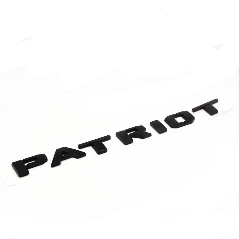 chrome gloss preto vermelho letras palavra patriot 01