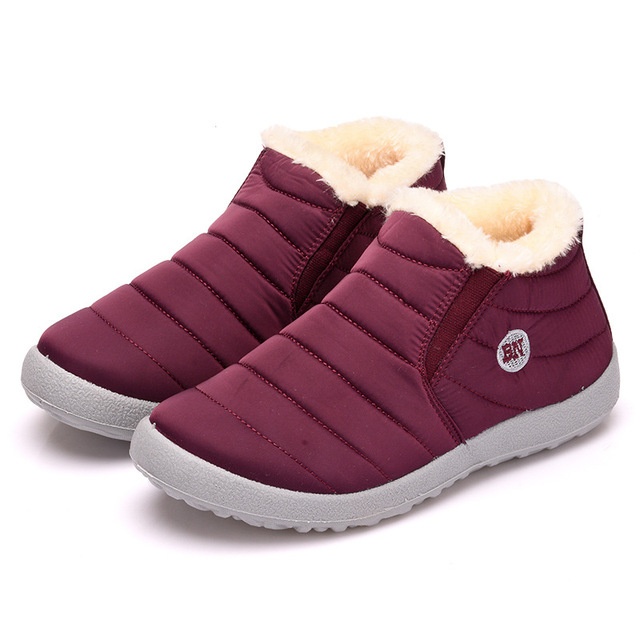 Mulheres Sapatos Botas de Neve Moda Manter Quente À Prova D' Água deslizamento Leve Mulheres Tornozelo Botas De Inverno Plana 35 49 Plus Size sapato
