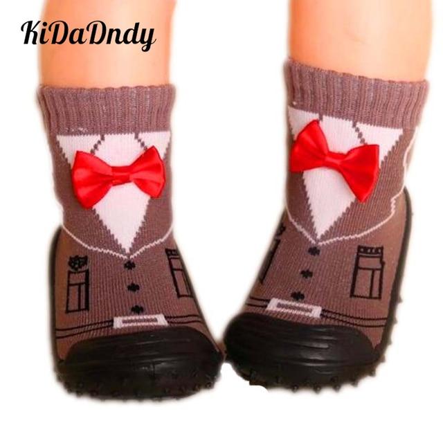 fa10b0574 Bebé niño calcetines de los niños niña Calcetines antideslizantes de suela  suave calcetines Zapatos bebé recién