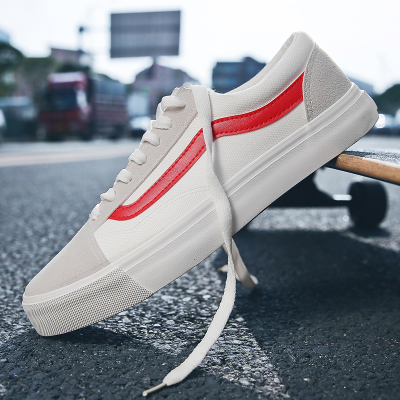 Casual wild trend couple shoes, breathable and comfortable sports shoes, youthful personality outdoor sneakers(China)