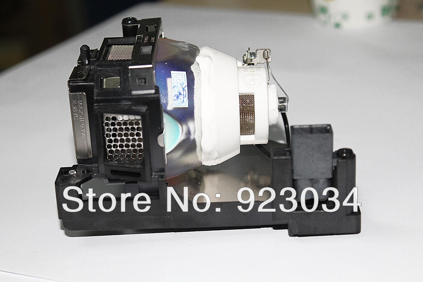 projector lamp  POA-LMP141 for   SANYO PLC-WL2500/WL2501/WL2503   &etc 180Day Warranty poa lmp140 replacement projector bare lamp for sanyo plc wl2500 plc wl2501 plc wl2503