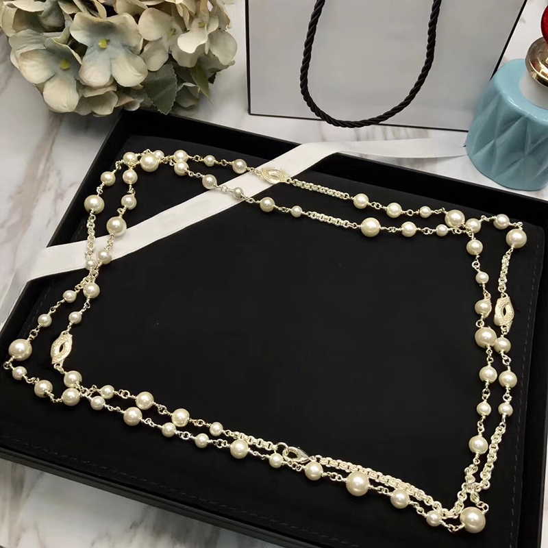 цена на Fashion Brand Jewelry For Women Simulated-pearl Neckalce Light Gold Color C Letter Pendant Long Necklace Party Sweater Chain