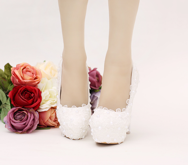 ФОТО Elegant white lace flower pearl wedding shoes TG630 high water table with banquet shoes
