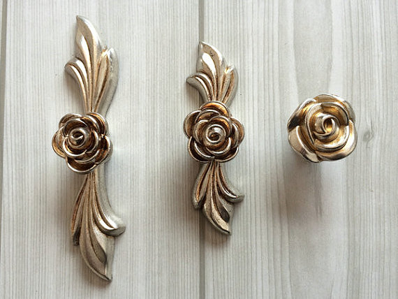 2.5 3.75 Dresser Pull Drawer Pulls Door Handles Knobs Antique Silver Rose Flower Cabinet Handles Knob Hardware French 64 96mm 5 drawer knobs pull handles dresser knob pulls handles antique black silver furniture hardware kitchen cabinet door handle pull