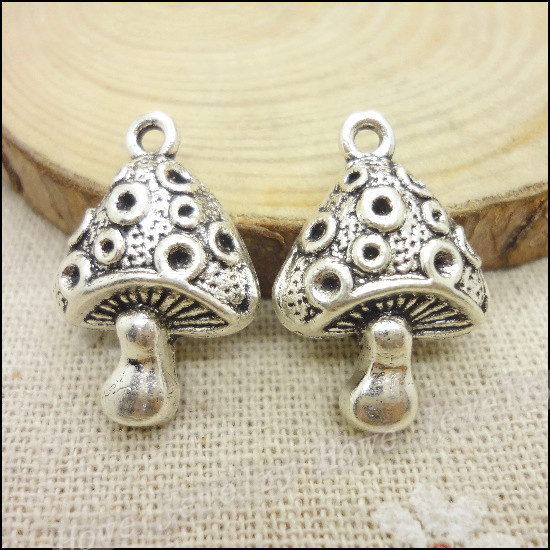 32 pcs Vintage Charms Mushrooms Pendant Antique silver Fit Bracelets Necklace DIY Metal Jewelry Making