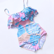 купить Sexy 2019 Lady Tropical Ruffle Swimwear Women One piece Swimsuit Push Up Female Bandeau Bathing Suit Monokini Cut Out Trikini по цене 768.19 рублей