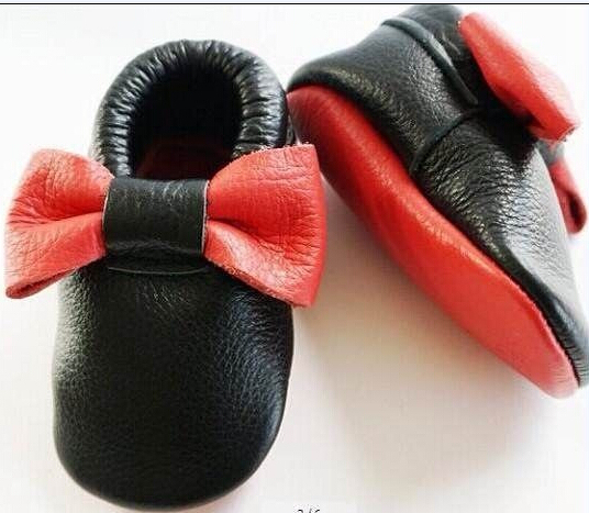 2016 Más nuevos diseños del Bebé franja moccsins arcos moccs zapatos, cuero genuino de la VACA borla del niño del bebé zapatos de bebé