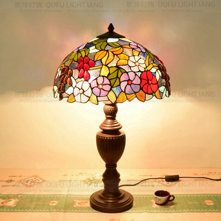 40cm Flesh Country Flowers Tiffany Table Lamp Country Style Stained Glass  Lamp For Bedroom Bedside Lamp