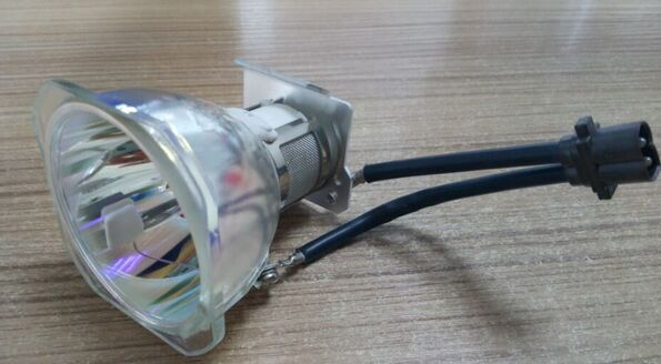Phoenix SHP93 Original Projector Lamp&Bulb AN-XR10LP For XR-10SA/20SA/12SA/22SA XR-2020X XG-MB50X XR-105 XR-10S 10X XR-11XC original projector lamp an lx20lp for xr e2630xa xr e265xa xr e2810xa xr e2830xa xr e285xa xr u2510xa xr u2530xa