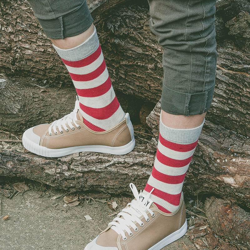 New Winter Autumn Full Cotton Striped Man Socks High Quality Casual Crew Modern Striped Design Red Gray Color Man Cotton Socks
