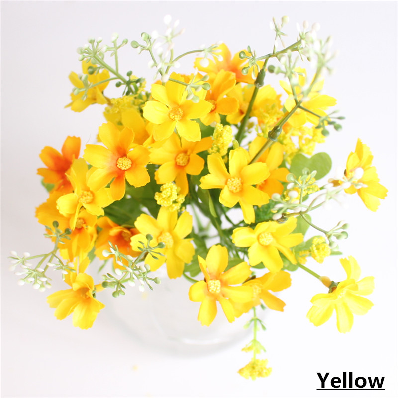 Cute Silk Daisy Artificial Flower With One Bouquet 7 Branch 28 Heads For Wedding Decoration 10