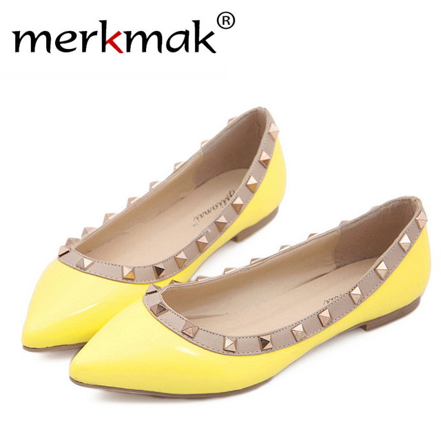 Free shipping! 2016 New Fashion Sexy Party Womens Rivets Flats Shoes Women casual footwear Lady Pointed Toe flat shoes WS079
