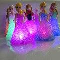 Nuevo regalo de vacaciones de navidad kids toy elsa/anna noche led gradiente de colores led lámpara con batería de cristal novelty luz