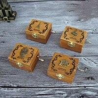 Großhandel 10 Stücke Handkurbel Spieluhr Kreative Student Geschenk musik Box Vintage Eule Aniaml Hölzerne Spieluhr für Kind Baby