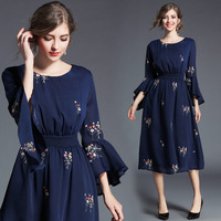 Embroidery Dress 2018 European Spring Autumn New Navy Blue Casual Dress Speaker Seven Sleeves Embroidery Eomen