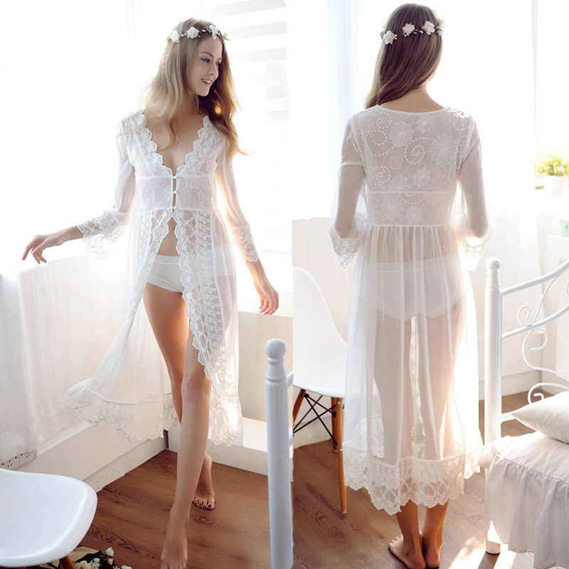 bd319b2e1d6 Модные кружевные белые свадебные халаты белье мечты свадебные пижамы Ночная  рубашка Oversize сорочка De Nuit Mariage
